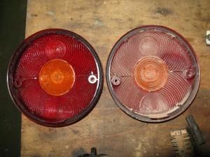 Optique arrière Pinzgauer, en version civile. A gauche, après lavage. A droite, avant nettoyage...