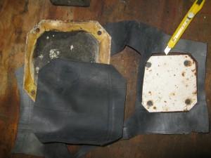 Découpe dans la chambre à air des joints pour les trappes de maintenance